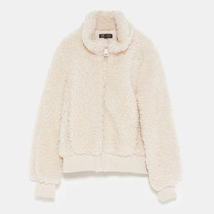 7a9c1d60 Zara Jackets & Coats - NWT Zara Size S Teddy Cream Fleece Jacket Bomber